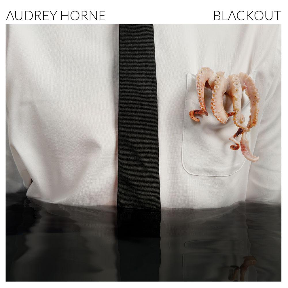 AUDREY HORNE / オードリー・ホーン / BLACKOUT / ブラックアウト