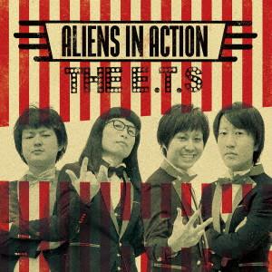THE ET'S / ALIENS IN ACTION