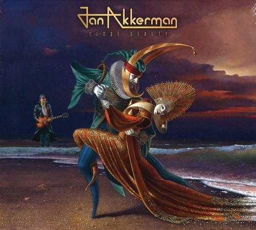 JAN AKKERMAN / CLOSE BEAUTY